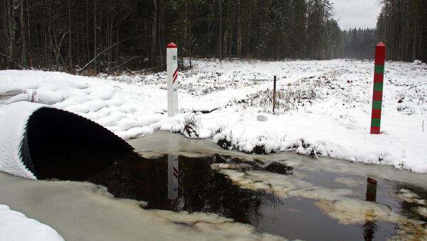 На границе Латвии и России - Sputnik Latvija