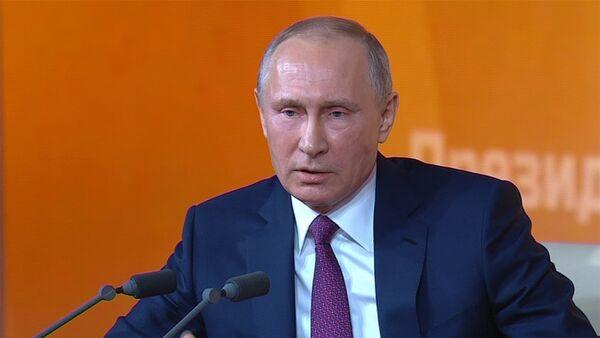 Владимир Путин ответил на вопрос про Михаила Саакашвили - Sputnik Латвия