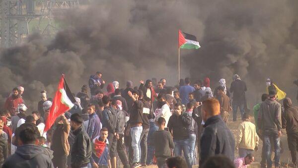 Spriedze pieaug: Gazas sektorā turpinās sadursmes - Sputnik Latvija