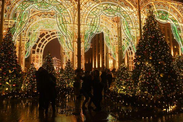 New Year's lights in Moscow - Sputnik Latvija