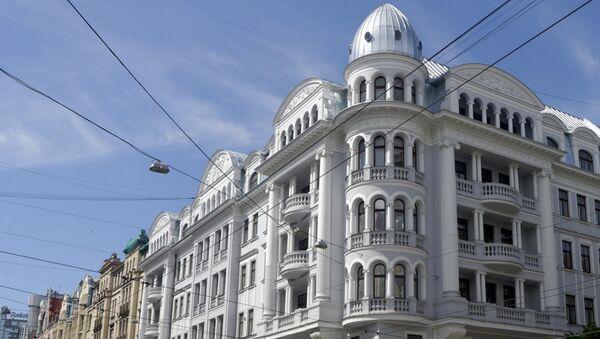 Угловой дом в Риге - Sputnik Латвия