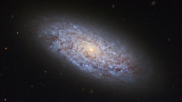 Галактика NGC 5949 в созвездии Дракона - Sputnik Латвия