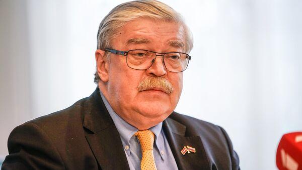 Посол РФ в Латвии Евгений Лукьянов - Sputnik Латвия