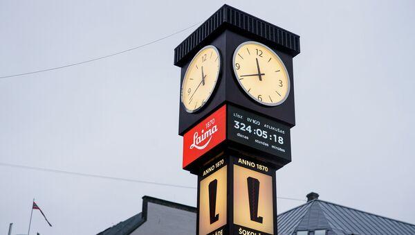 Отреставрированные часы Laima теперь отсчитывают время до 100-летия Латвии - Sputnik Латвия