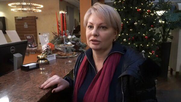 Krievu žurnāliste pastāstīja, kāpēc tiek deportēta no Latvijas - Sputnik Latvija