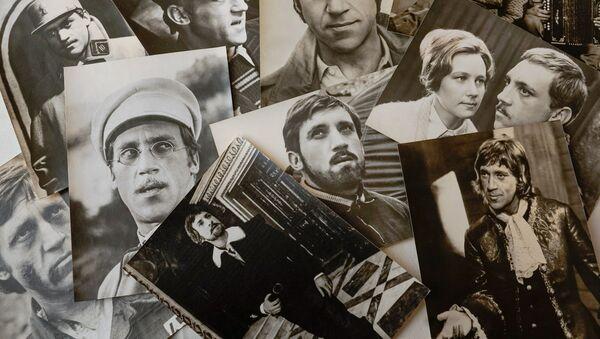 Открытки с кадрами из фильмов с участием Владимира Высоцкого - Sputnik Латвия