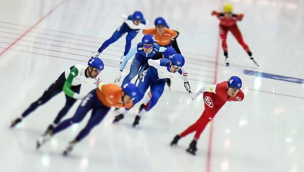 Конькобежный спорт. Чемпионат Европы на отдельных дистанциях. Третий день - Sputnik Латвия