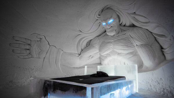 Комната отеля SnowVillage по мотивам фильма Игра престолов, Лапландия. Архивное фото - Sputnik Латвия