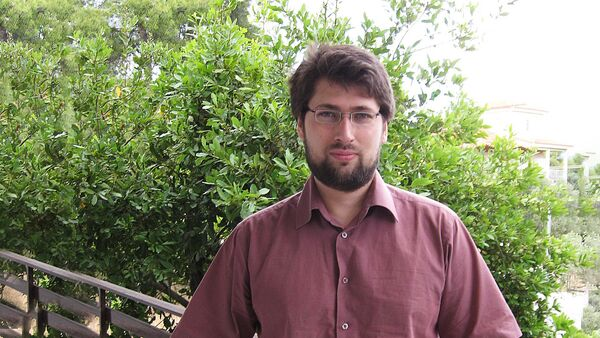Руководитель Центра экономических исследований Института глобализации и социальных движений Василий Колташов - Sputnik Латвия