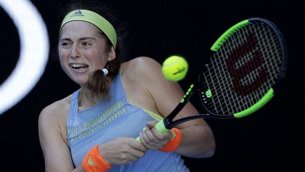 Теннисистка Елена Остапенко во втором туре на матче Открытого чемпионата Австралии по теннису в Мельбурне - Sputnik Латвия