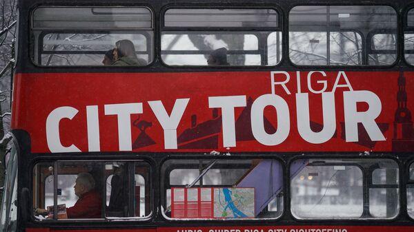 Экскурсионный автобус City Tour в Риге  - Sputnik Latvija