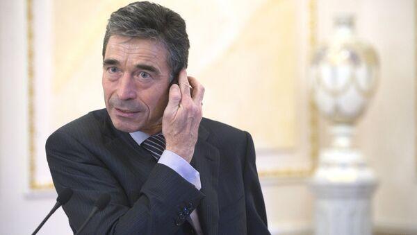 Бывший генеральный секретарь НАТО Андерс Фог Расмуссен - Sputnik Латвия