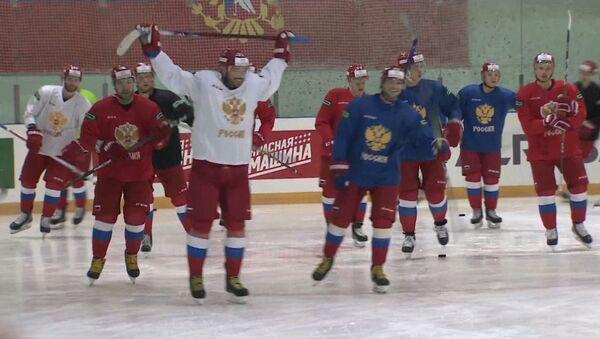 Сборная России по хоккею готовится к Олимпиаде-2018 - Sputnik Латвия