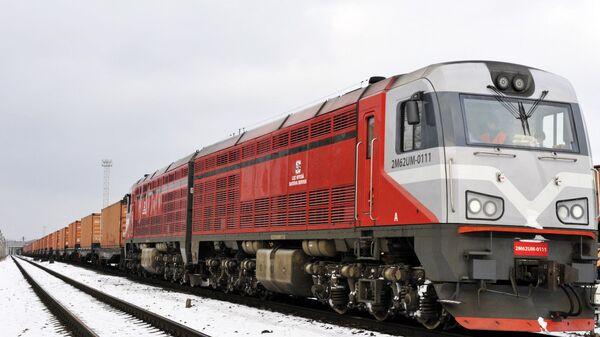 Первый грузовой экспресс-поезд Рига-Минск - Sputnik Латвия