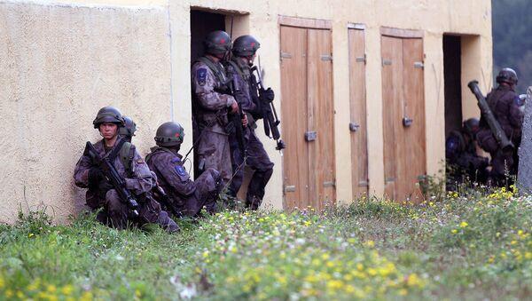 Литовская армия во время учений - Sputnik Латвия