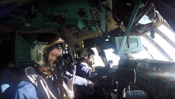 Отработка наведения на цели экипажами самолетов А-50У ВКС РФ - Sputnik Латвия