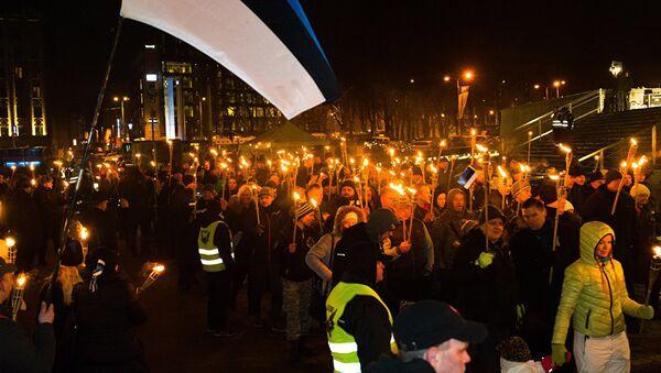 Факельное шествие в Таллине - Sputnik Latvija