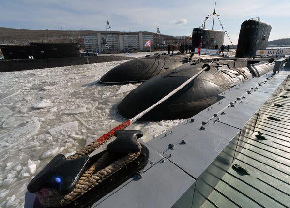 Дизельная подводная лодка Комсомольск-на-Амуре вернулась в боевой состав Тихоокеанского флота - Sputnik Латвия
