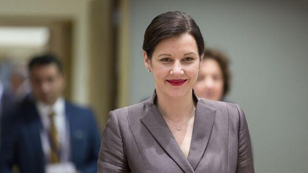 Министр финансов Латвии Дана Рейзниеце-Озола - Sputnik Латвия