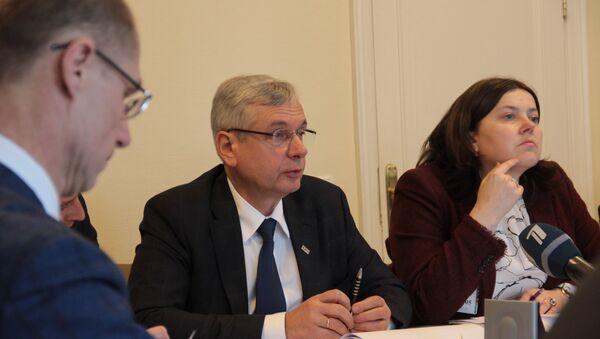 Министр образования Карлис Шадурскис - Sputnik Латвия