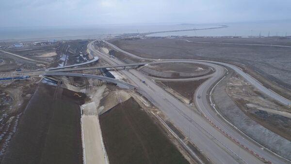 Автотрассы и железные дороги, ведущие к Крымскому мосту - Sputnik Latvija
