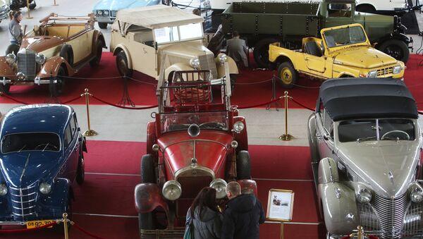 27-я выставка старинных автомобилей Олдтаймер-Галерея - Sputnik Latvija
