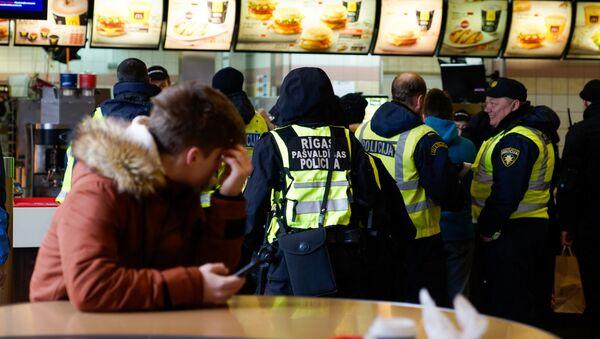Полиция в Риге - Sputnik Латвия