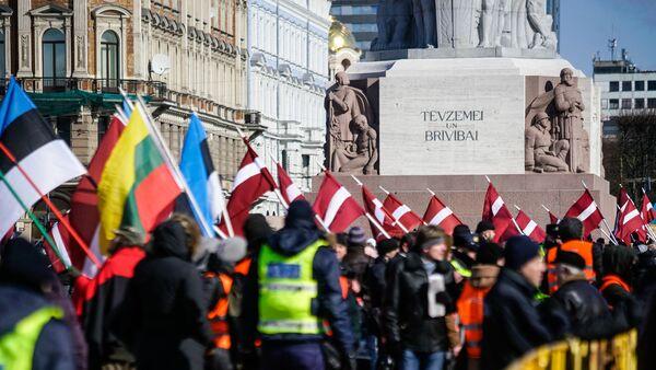 Марш легионеров СС в Риге - Sputnik Латвия