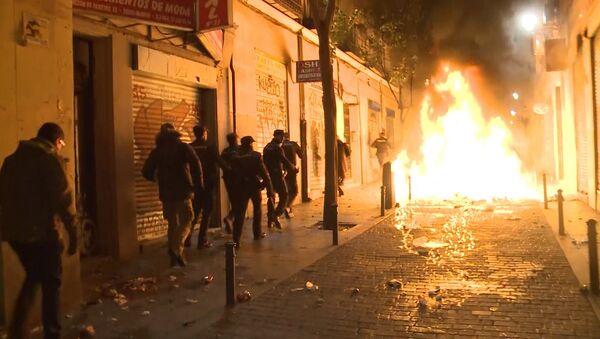 Беспорядки на улицах Мадрида - Sputnik Латвия