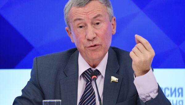 Заместитель председателя комитета Совета Федерации РФ по международным делам Андрей Климов - Sputnik Латвия