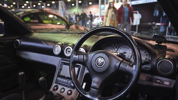 Mašīna ar stūri labajā pusē, foto no arhīva - Sputnik Latvija