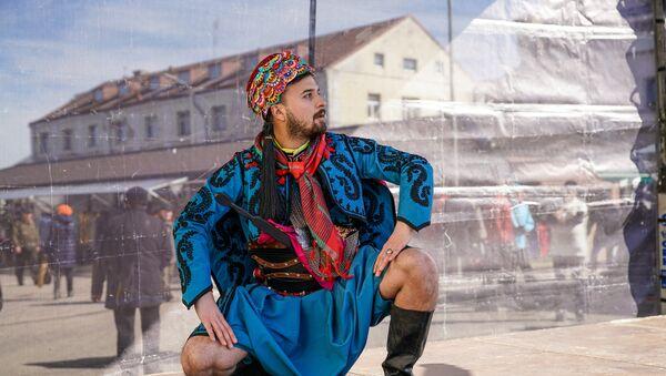 Исполнитель народных танцев из Турции - Sputnik Латвия