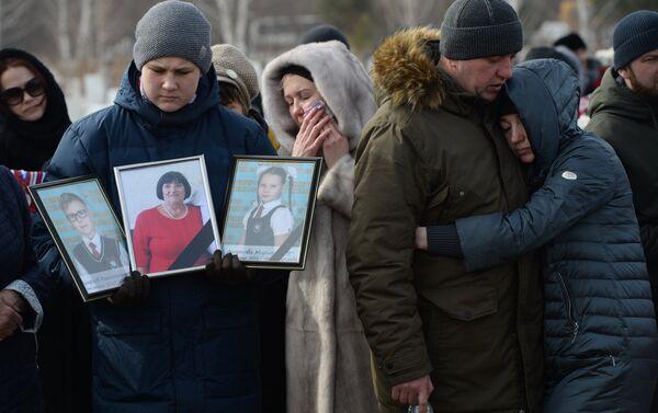 Jaunākie dati liecina, ka bojā gājuši 64 cilvēki, ievainoti 67 cilvēki - Sputnik Latvija
