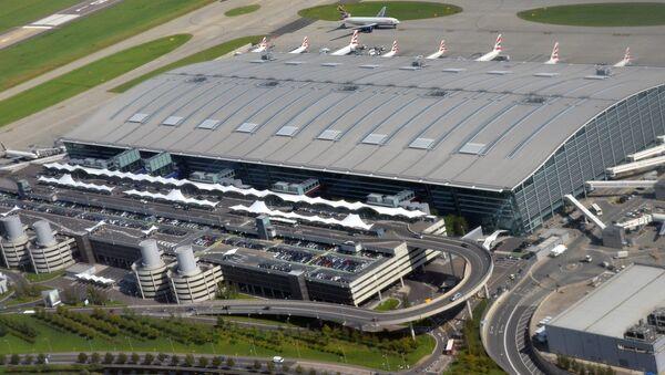Аэропорт Хитроу в Лондоне - Sputnik Latvija
