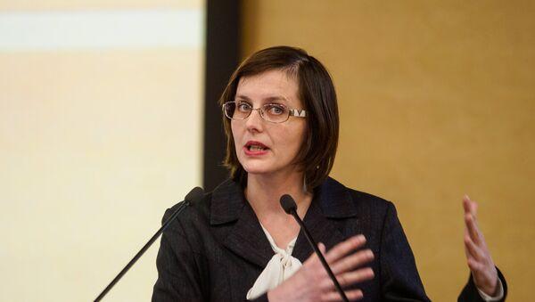 Правозащитница Елизавета Кривцова на Вселатвийском родительском собрании - Sputnik Латвия