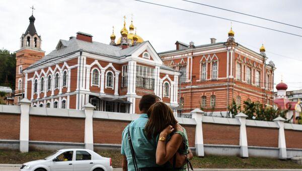 Иверский женский монастырь –  памятник архитектуры, основан в 1850 году, в 1925-м был закрыт, ряд зданий и храмов разрушены. В 1991 году началось возрождение обители и реставрация построек - Sputnik Латвия