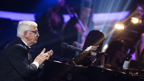 Творческий вечер, посвященный 80-летнему юбилею маэстро Раймонду Паулсу - Sputnik Latvija