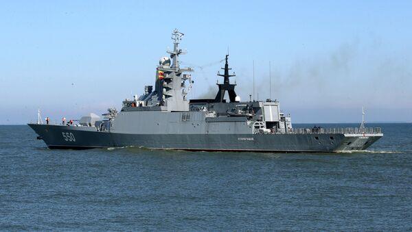 Выход кораблей Балтийского флота в море в рамках учений Запад-2017 - Sputnik Латвия