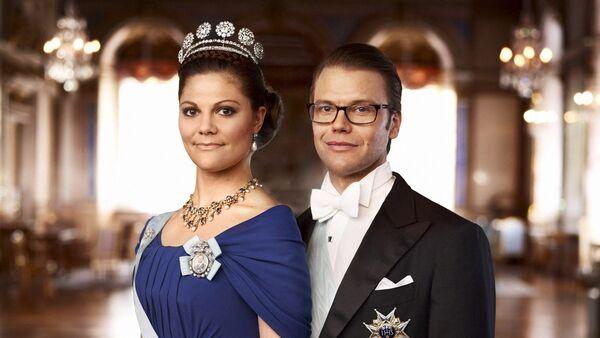 Даниэль Вестлинг и Виктория - Sputnik Латвия