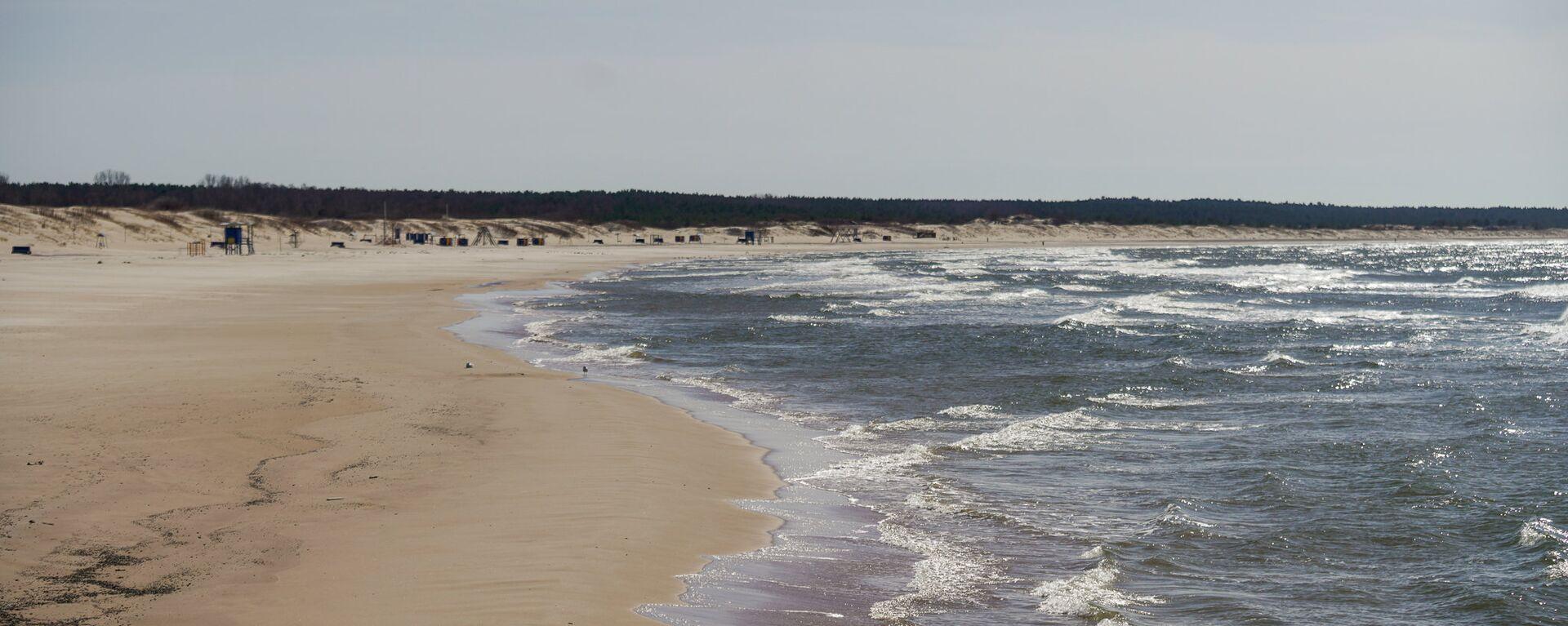 Пляж в Вентспилсе - Sputnik Латвия, 1920, 06.07.2018