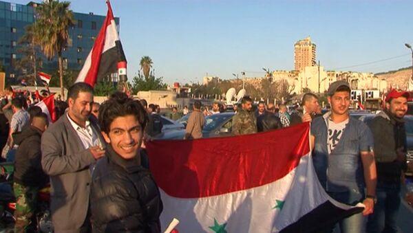 Жители Дамаска высказались о ракетном ударе по Сирии - Sputnik Латвия
