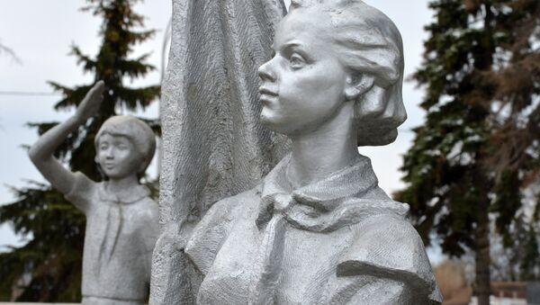 Мемориальный комплекс В.И. Ленина в Ульяновске - Sputnik Latvija