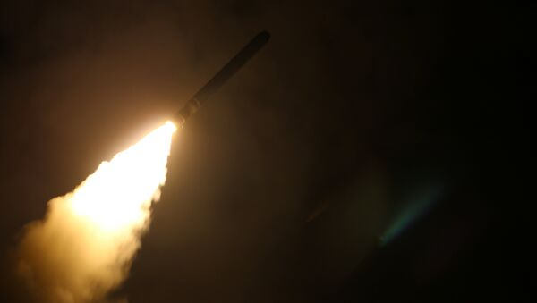 Пуск американской управляемой ракеты Tomahawk, архивное фото - Sputnik Латвия