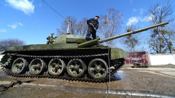 Центральная база хранения бронетанковой техники в Приморье - Sputnik Латвия