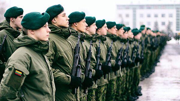Бравые воины литовской армии - Sputnik Latvija