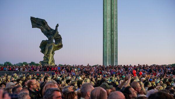 9 мая в Риге: площадь у памятника Освободителям - Sputnik Латвия