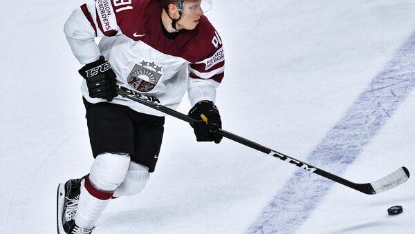 Игрок сборной Латвии Рональд Кениньш - Sputnik Латвия