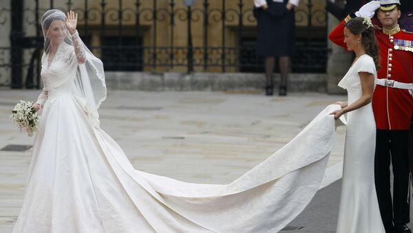 Кэтрин Миддлтон во время свадебной церемонии в Лондоне - Sputnik Латвия