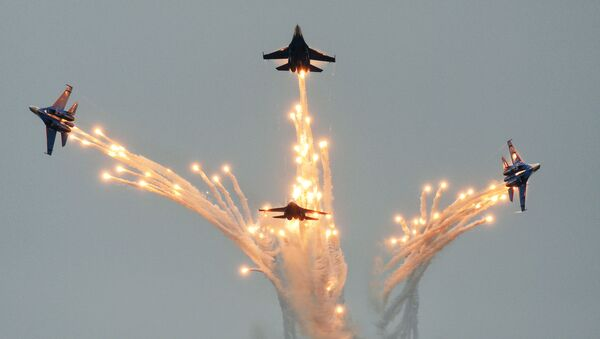 Соревнования военных летчиков Авиадартс-2016 под Феодосией - Sputnik Латвия
