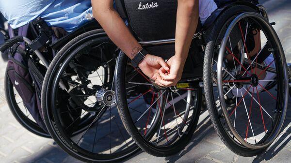Инвалиды в колясках - Sputnik Латвия